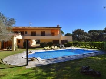 VILLA SOLIUS - Apartment in Santa Cristina d'Aro